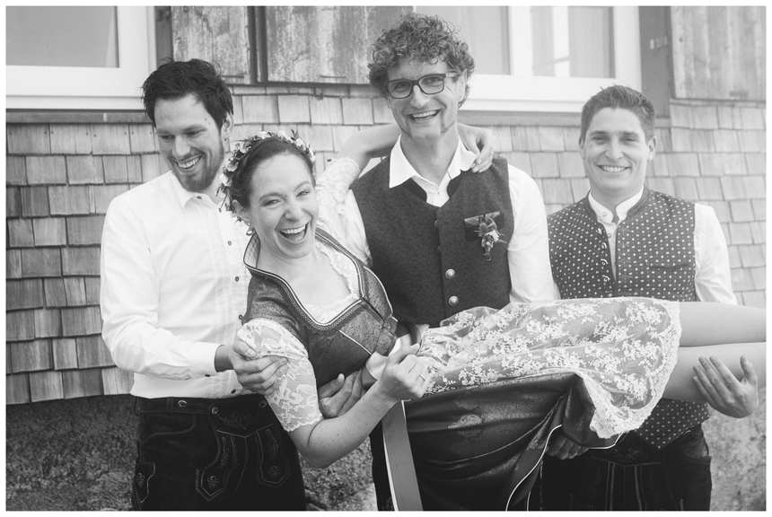 26 Hochzeit auf dem Nebelhorn Marion dos Santos Fotografin Allgaeu