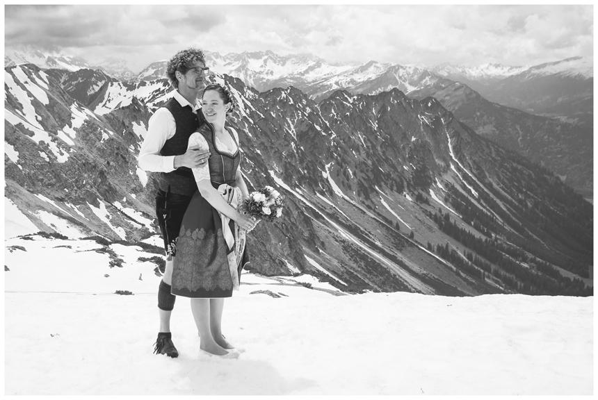40 Hochzeit auf dem Nebelhorn Marion dos Santos Fotografin Allgaeu